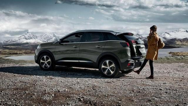 "PEUGEOT 3008 SUV: Portellone ""Hands-free """