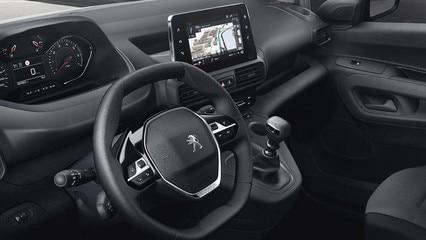 /image/33/0/k9-vu-interieur-conducteur-asphalt.424148.43.427330.jpg