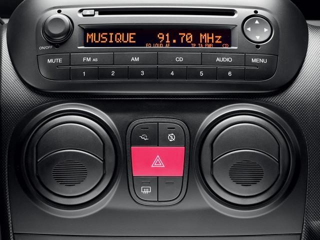 PEUGEOT Bipper: Kit hands free Bluetooth®