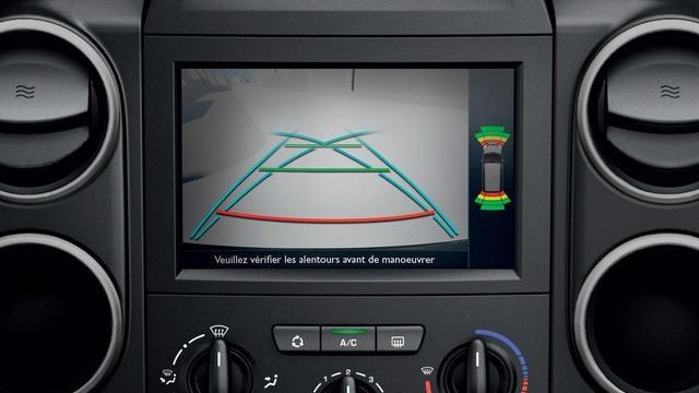PEUGEOT Partner: touch screen multimediale da 7''