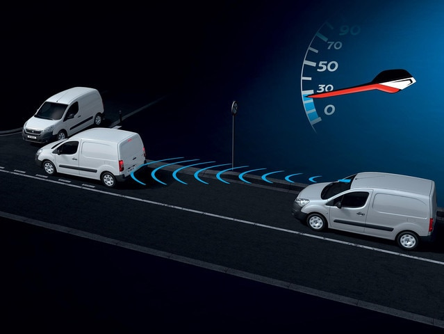 PEUGEOT Partner: Active City Brake