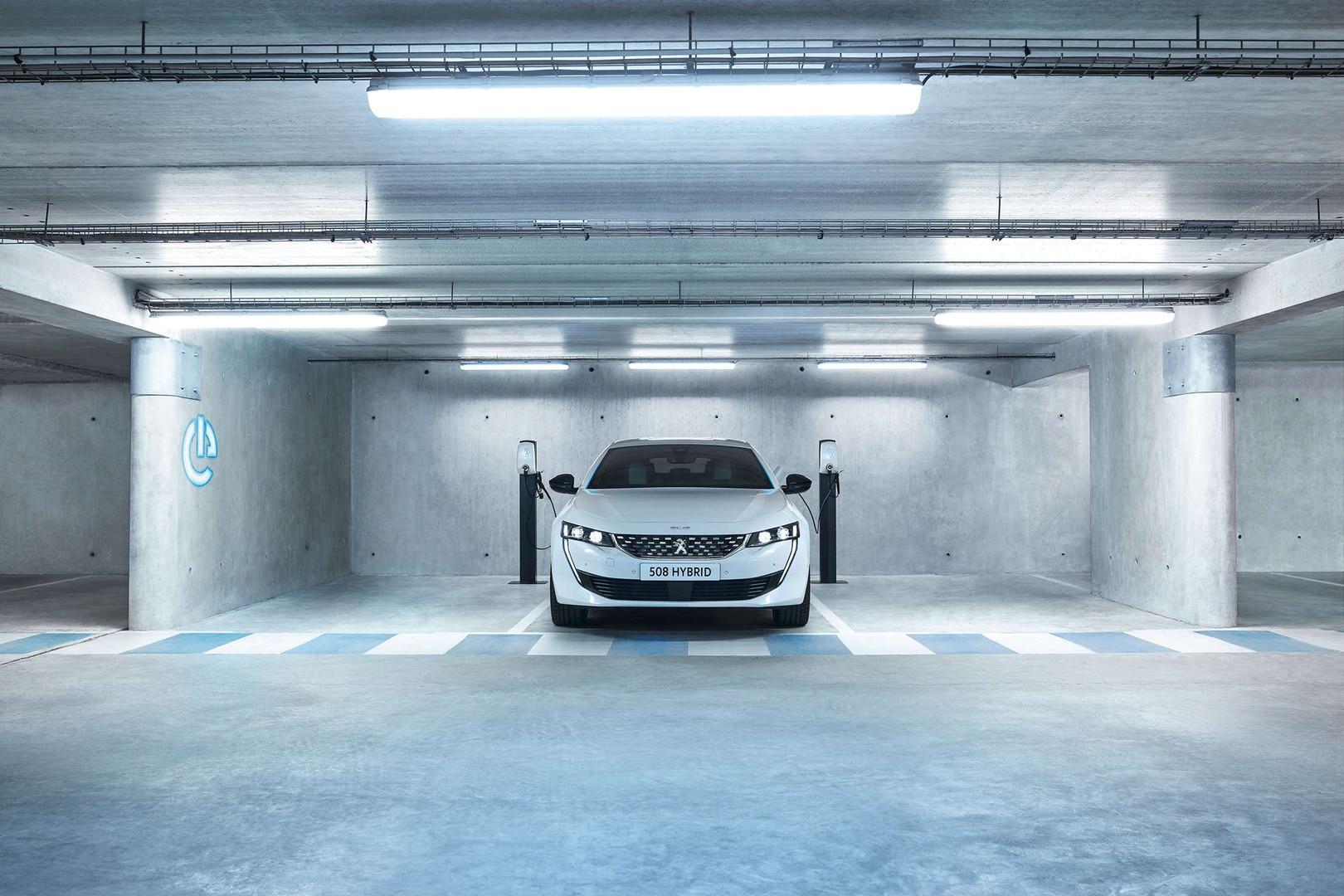 Peugeot-508-SW Hybrid